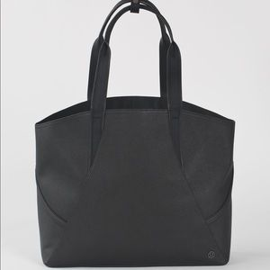 Lululemon all day tote (mini)